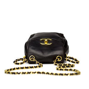 Chanel Black Lambskin Vintage Oval Crossbody Flap