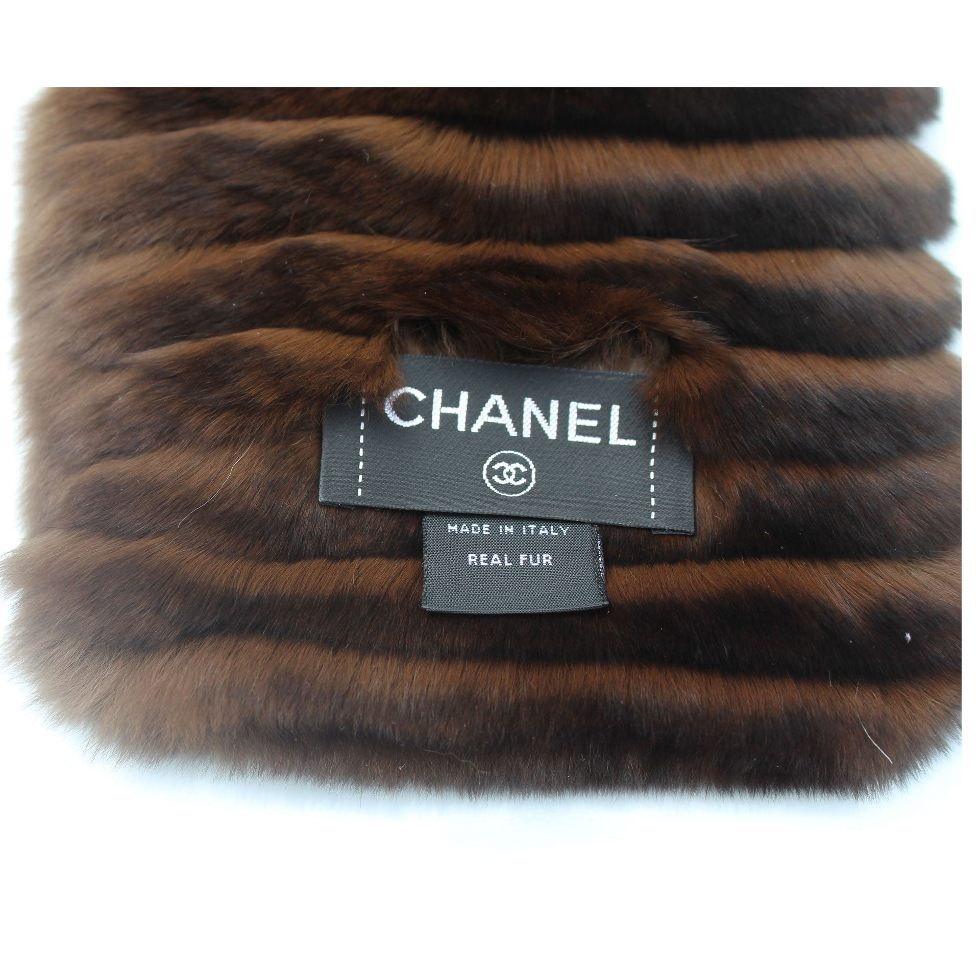 Chanel Brown Orylag Fur Logo Super Soft Warm Winter Scarf/Wrap