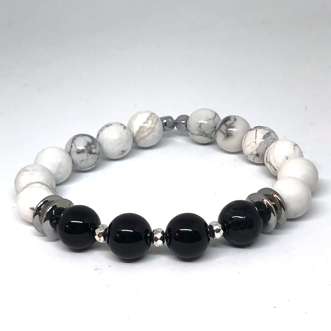 Howlite and Black Onyx Indie Bracelet