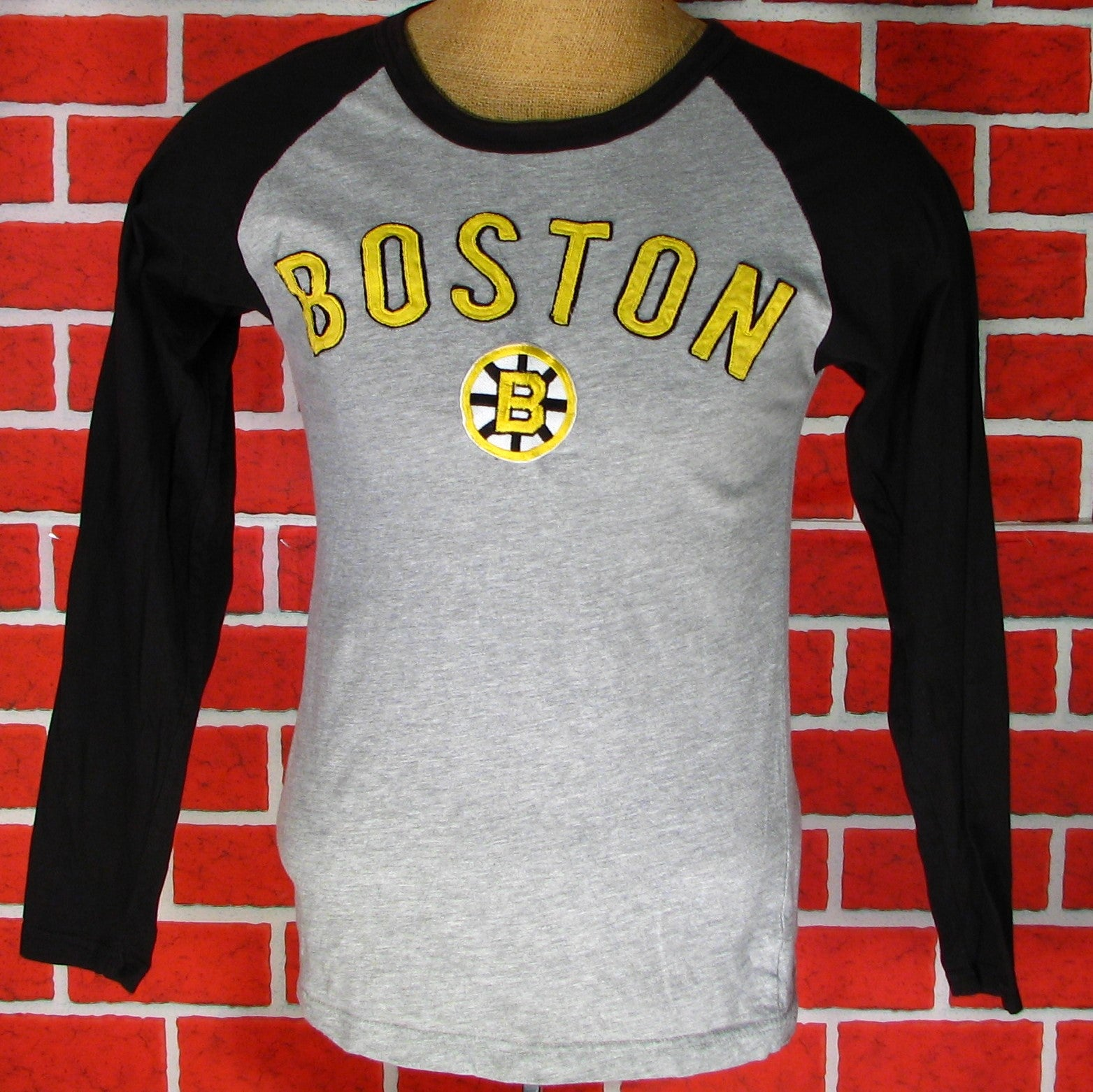 Boston Bruins Long Sleeve T-Shirt