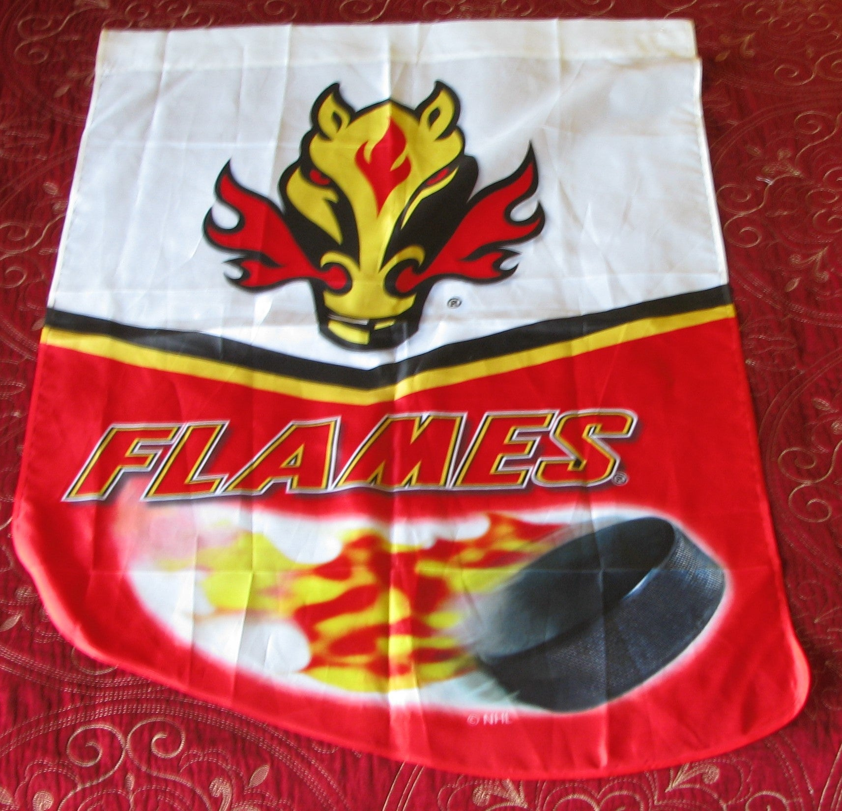 Calgary Flames alternate logo 1998/99 2006/07 Banner/flag
