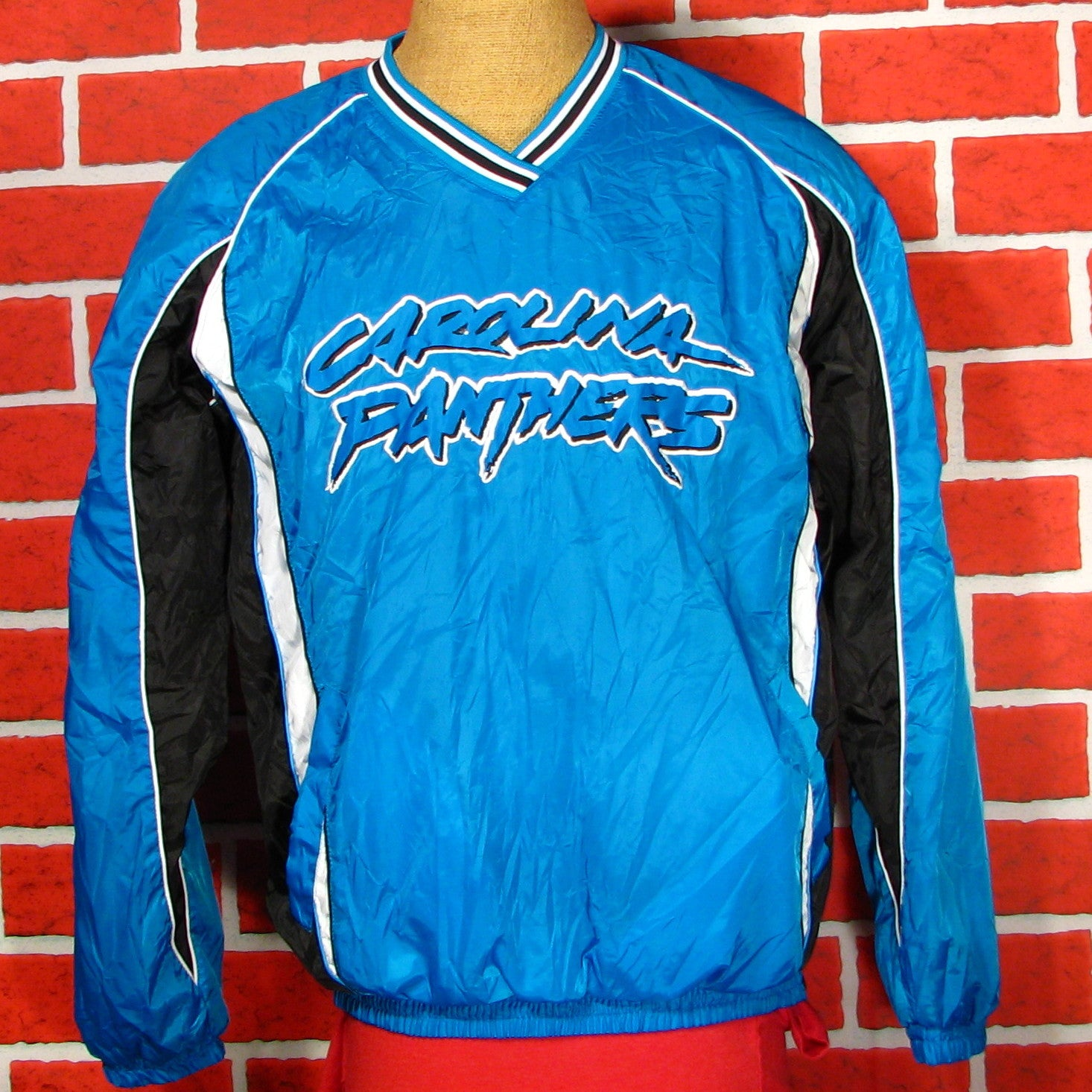 huge discount 99982 ac511 Carolina Panthers Windbreaker/Pullover