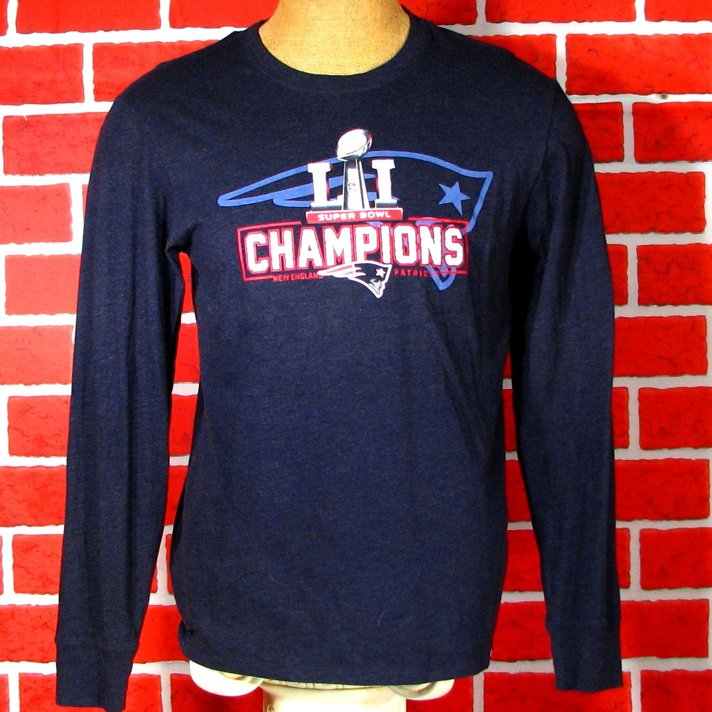 New England Patriots Superbowl LII Champions Long Sleeve T-Shirt