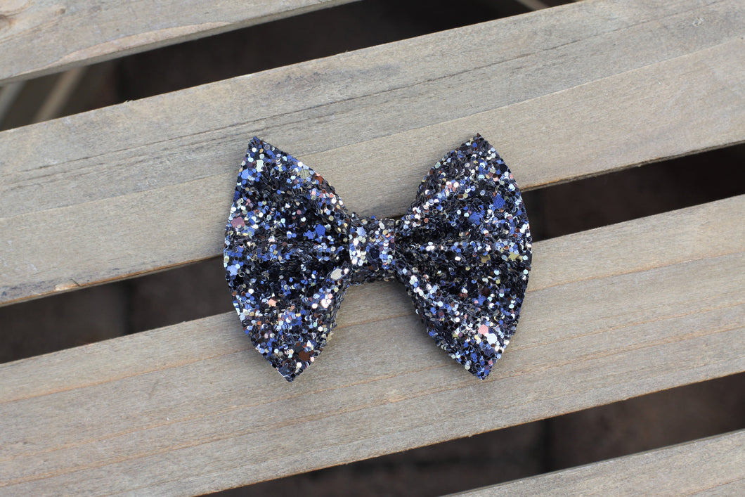 Blueberry Pie - Midnight Blue glitter bow, baby girl git, baby shower gift, baby accessories, toddler accessories, tan nylon headband, clip