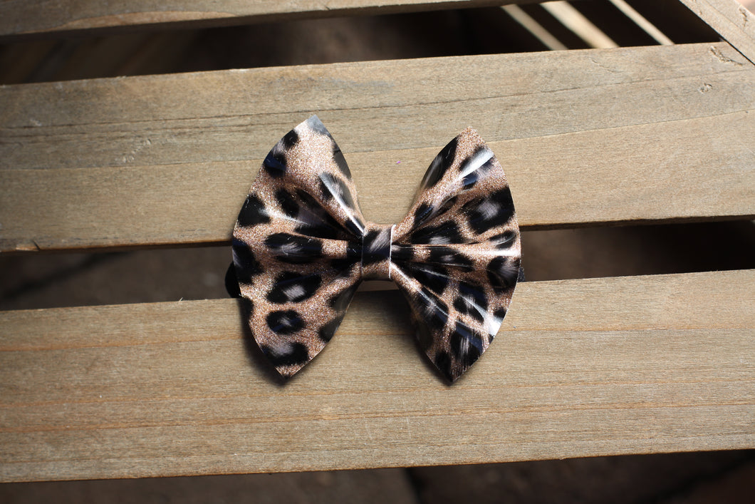 Leopard patent leather - patent leather bow, black nylon headband, clip, baby shower gift, cheetah print bow, baby accessories, toddler accessories