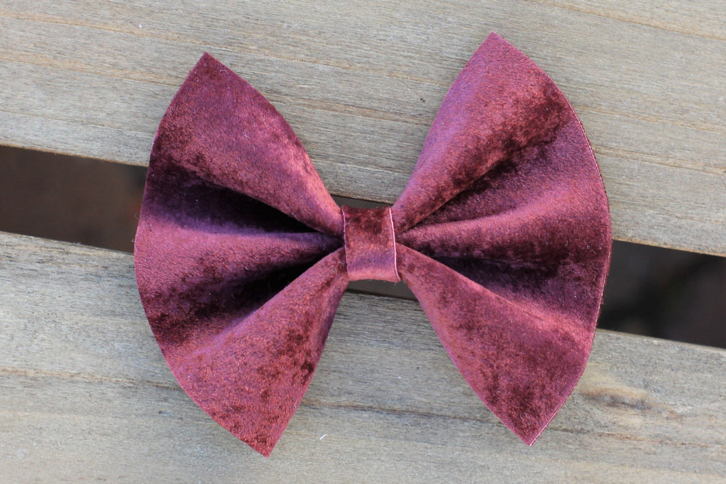 Scarlett OG Standard - Burgundy velvet bow, velvet bow, tan nylon headband, felt lined alligator clip, baby shower gift, baby accessories, toddler accessories