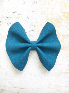 Lennox - Blue suede bow