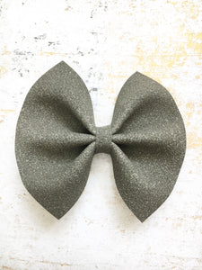 Raven - deep gray suede bow