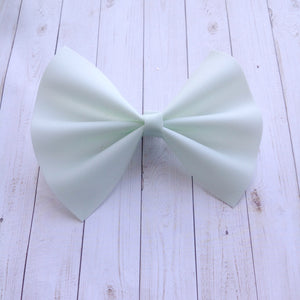 Honeydew jelly XL - pale green jelly bow, Baby's first birthday, baby shower gift, toddler gift