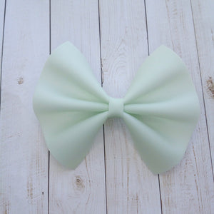 Honeydew jelly bow - pale green jelly bow, Baby's first birthday, Baby shower gift, Toddler gift