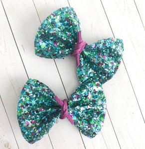Piggy Set - Peacock glitter with purple tie
