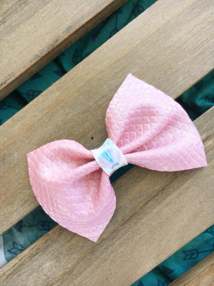 Pink Mermaid Scales with Seashells - Pink vegan leather bow, clip, baby shower gift, baby gift, baby girl shower gift, baby accessories, toddler accessories