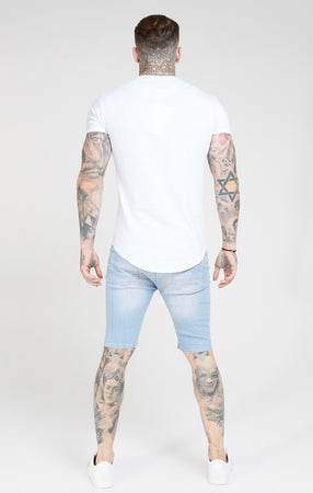 SIKSILK DISTRESSED SKINNY SHORTS - LIGHT WASH