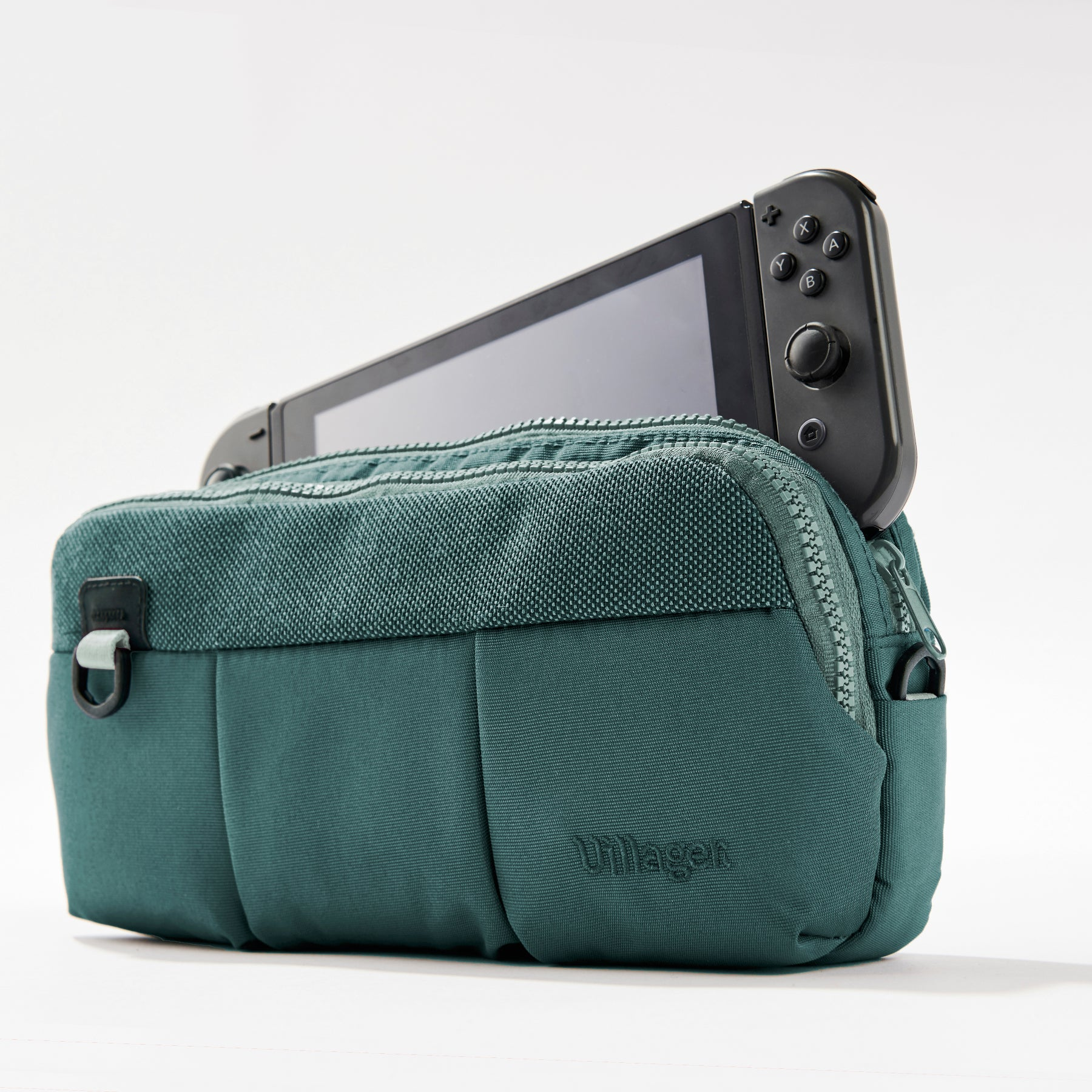 3-UP Nintendo Switch case - Villager Green