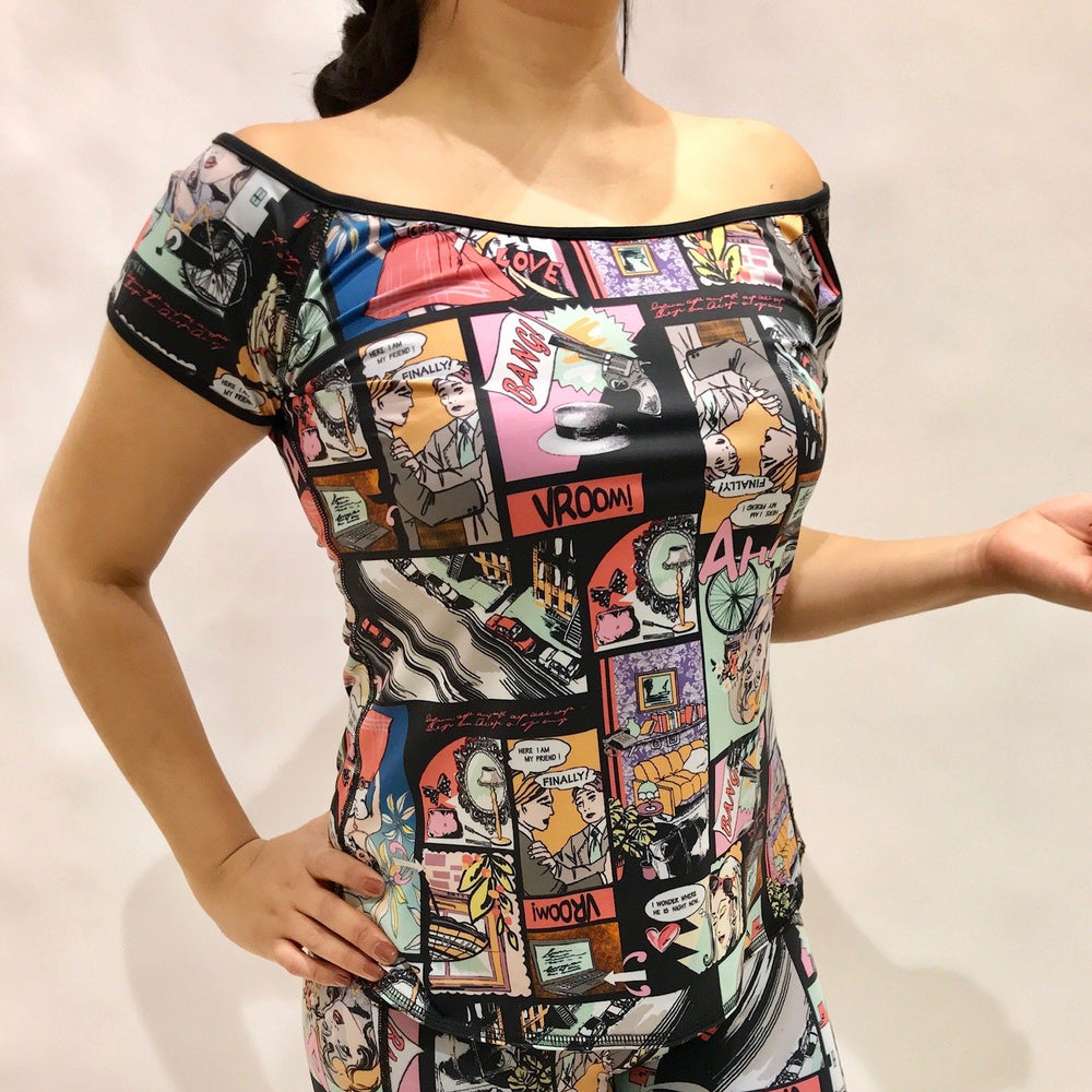 OFF THE SHOULDER REVERSIBLE TOP COMIC CON/BLACK