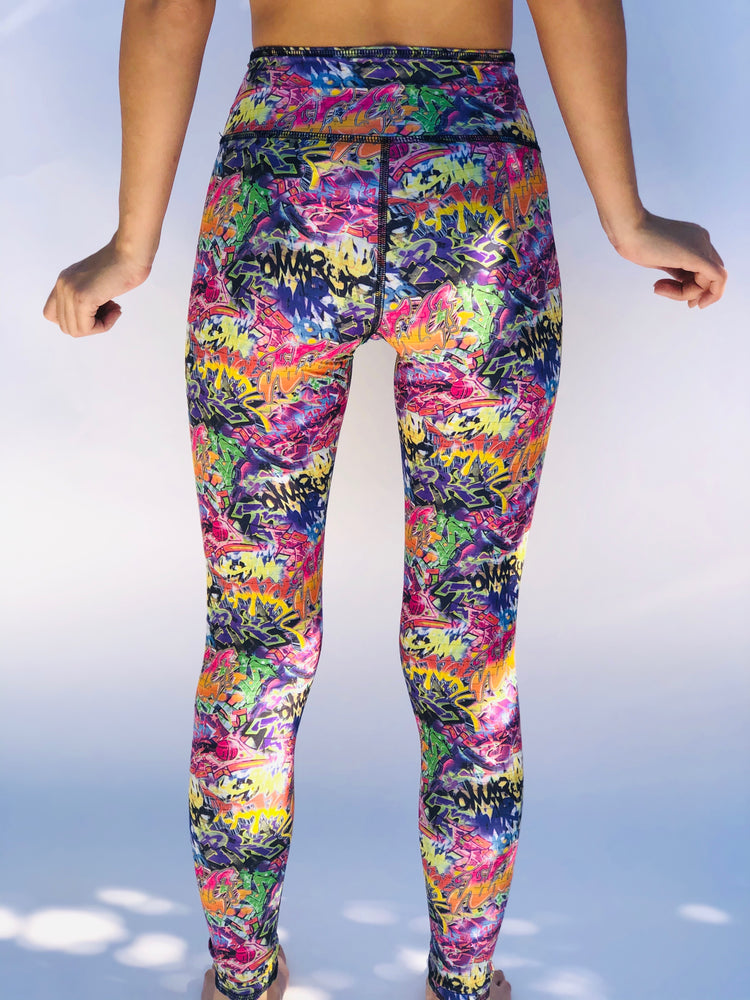LEGGINGS GRAFFITI/BUNS OF STEEL