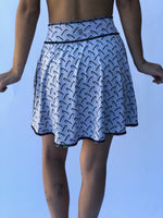 SKIRT SIMPLE TENNIS/COVER UP REVERSIBLE GRAFFITI/BUNS OF STEEL