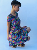 SWING DRESS REVERSIBLE GRAFFITI/BUNS OF STEEL