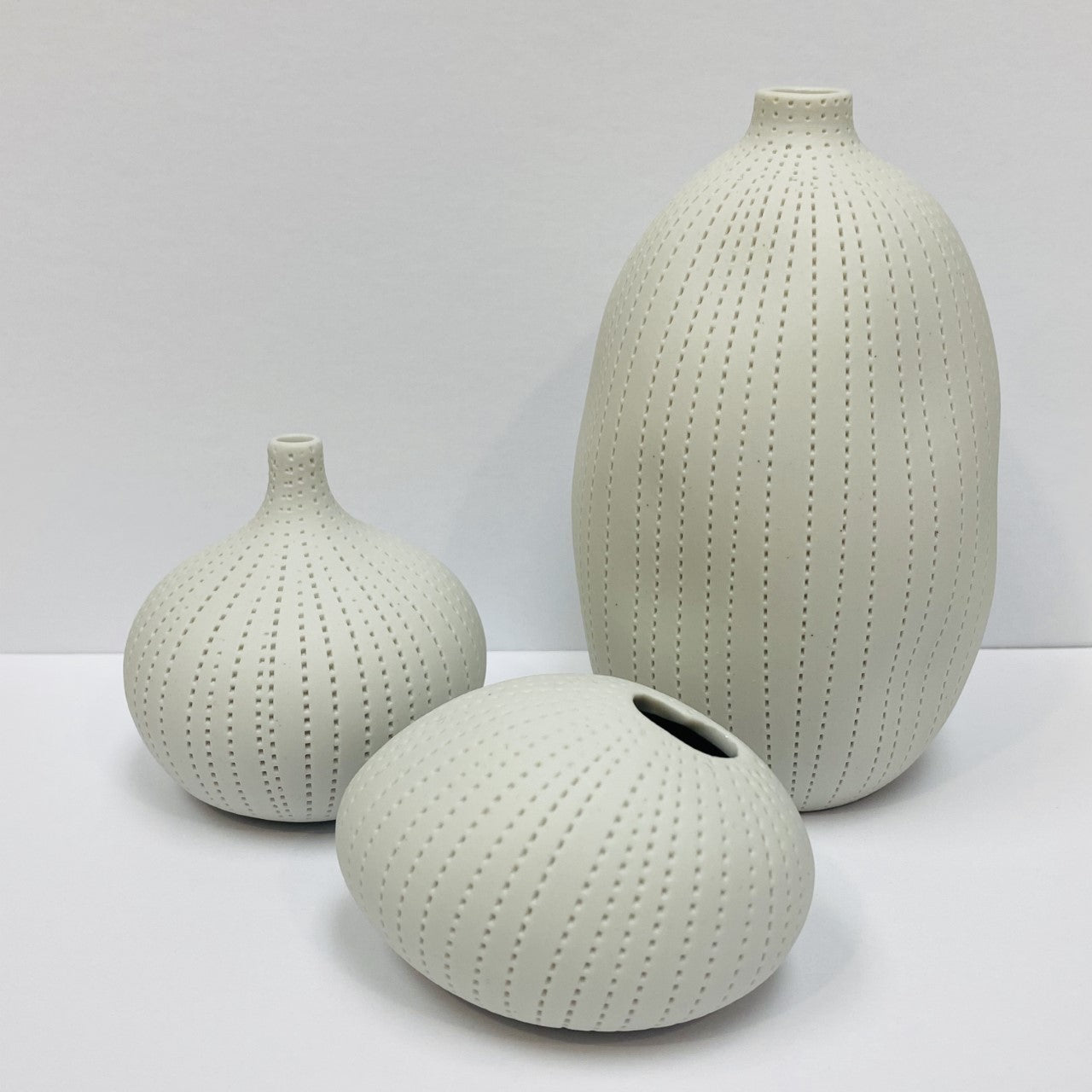 White Pebble Mini Vase