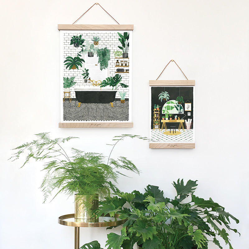 Small Wooden Magnetic Hanging Frame