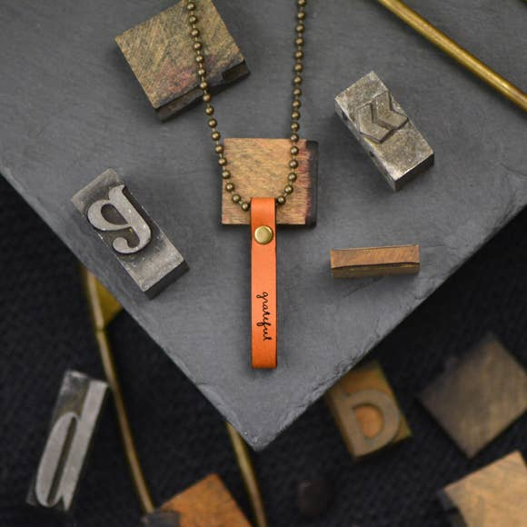 Grateful Inspirational Leather Necklace