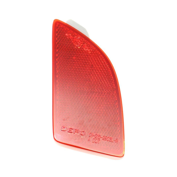Reflector Rear Driver Side Hatchback High Quality Mazda 3 2014-2016 | Hunt Auto Parts | Canadian Car Body Parts Store | Painted & Non-painted | MA1184104