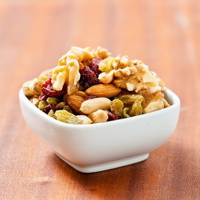 Classic Nut & Berry Mix - Baked Almond, Peanut, Walnut, Cranberry and Green Raisin (500g)