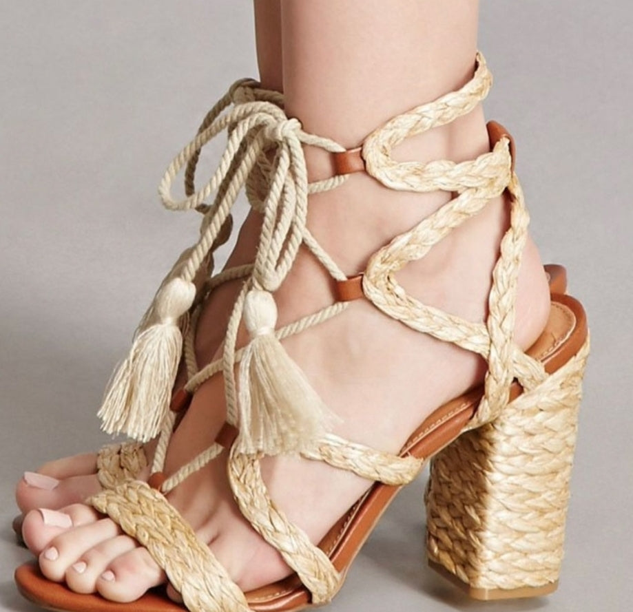 STRAPPY SANDALS for SUMMER