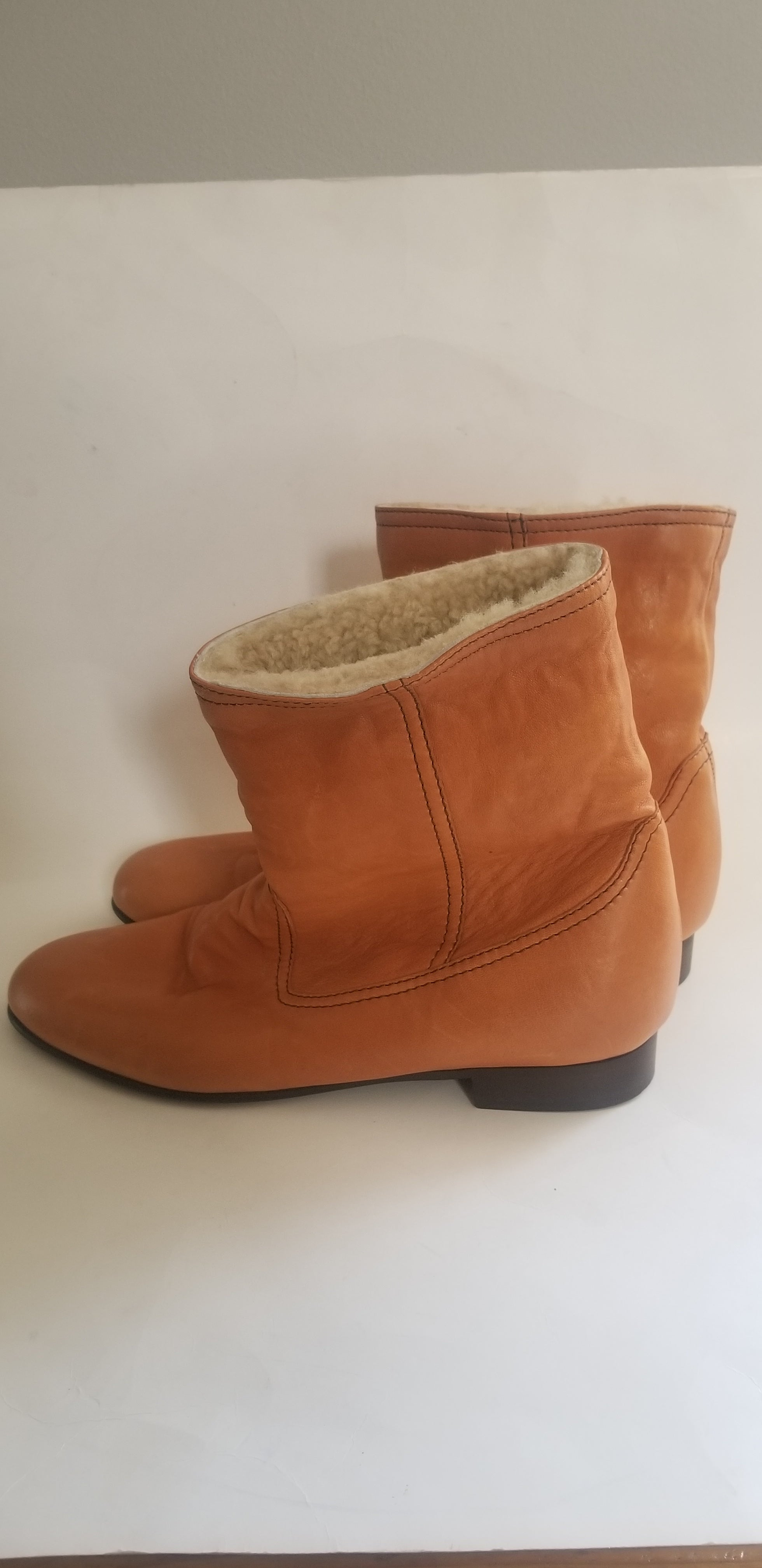 1937 Footwear women's ankle boots brown size 9.5 Made in Italy
