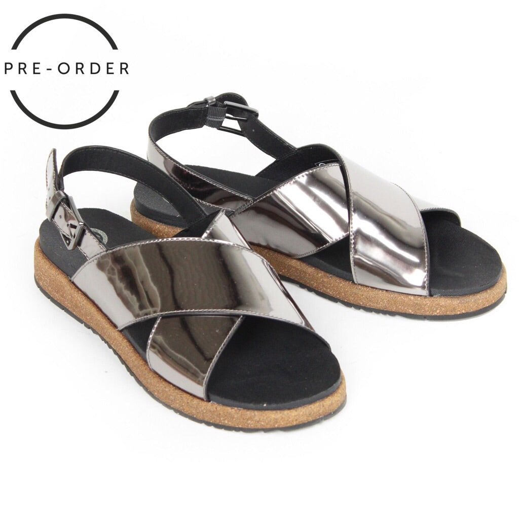 Sille Metallic Cross Over Sandals