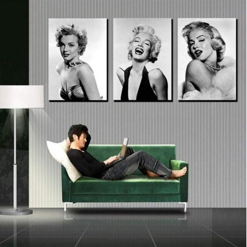 Marilyn Monroe painting the black and white samaritan celebrity painting