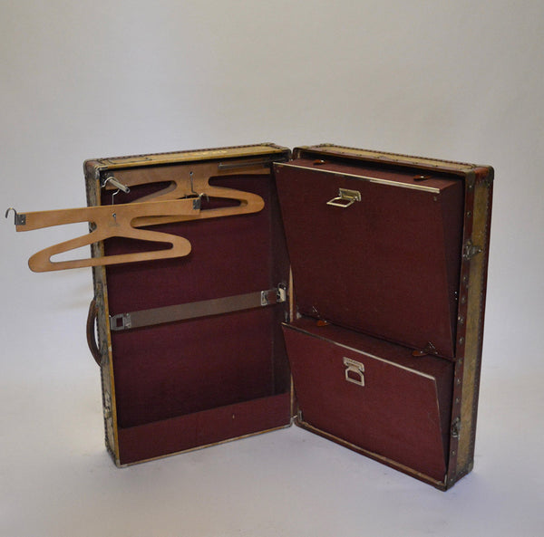 1920s Innovation Compact Wardrobe Trunk