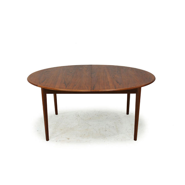 Extendable Oval Teak Dining Table