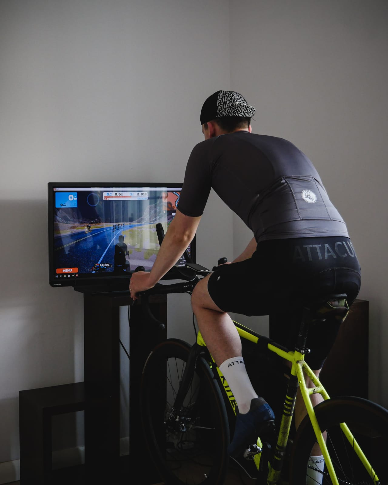 Alex Hill on zwift