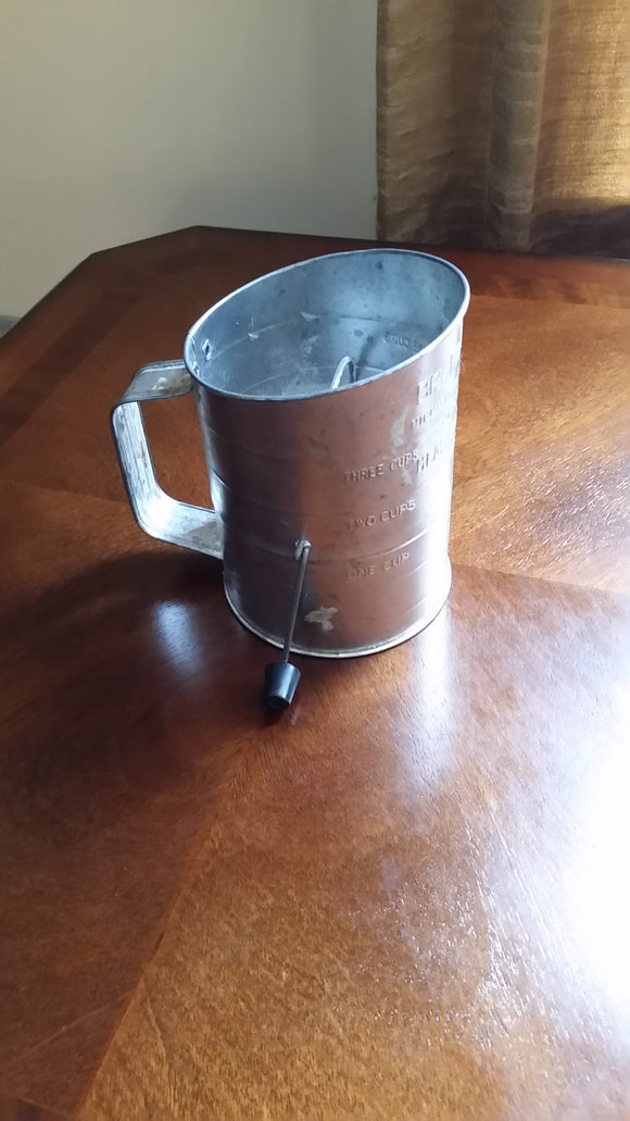 Vintage Measuring Flour Sifter Bromwell's #39