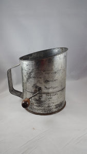 Bromwell's Measuring Sifter 5 Cups - Vintage