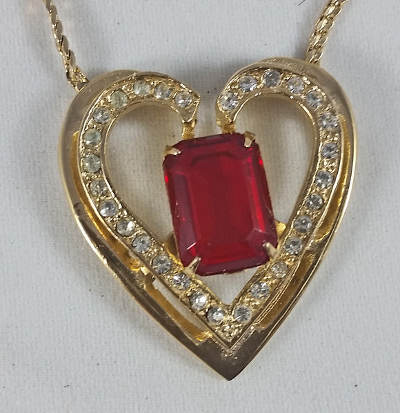 Vintage Heart Necklace 18