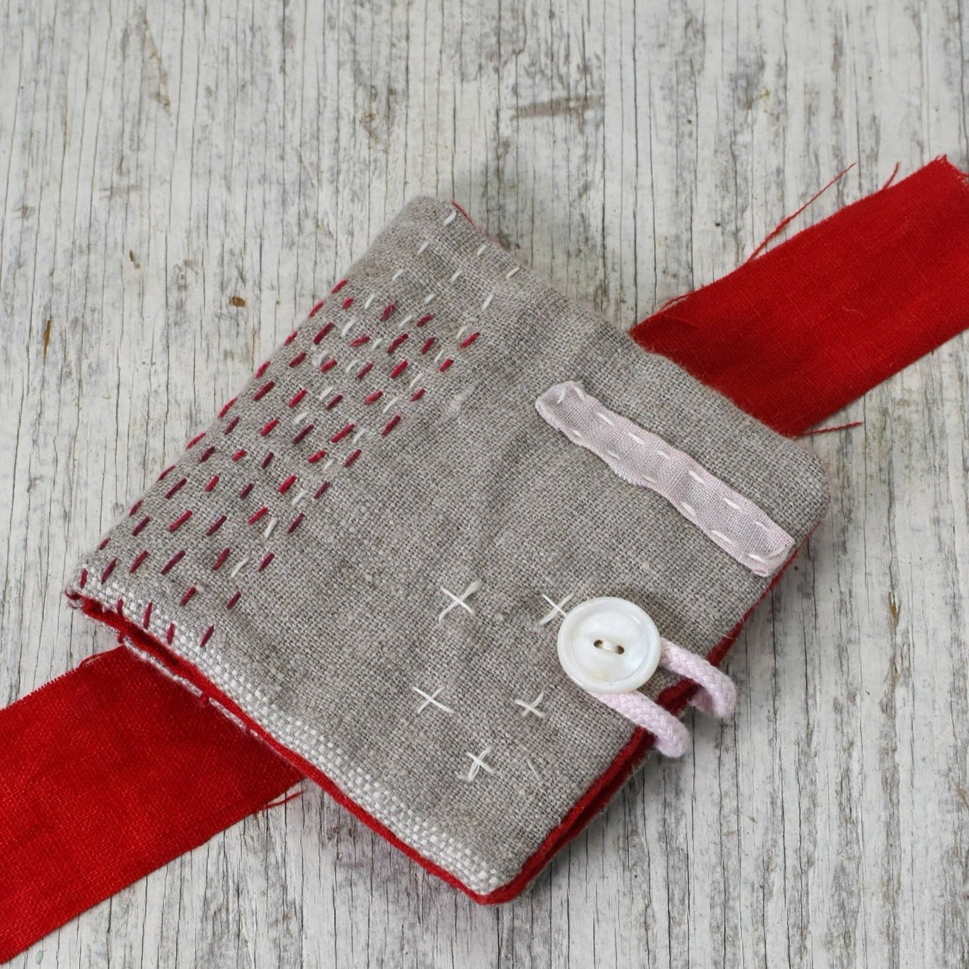 Hand-Sewn Needle Book Stitch Kit
