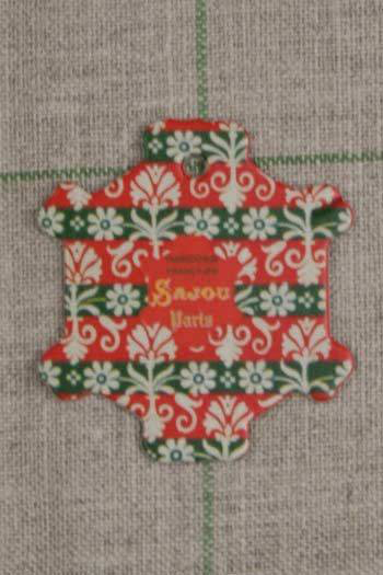 Thread Winders — Christmas Wallpaper