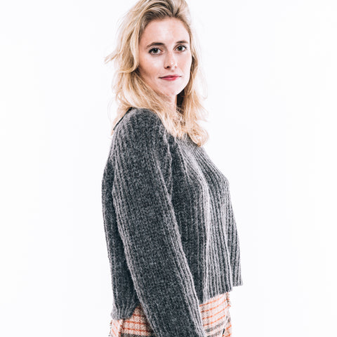 COZY CHARCOAL SWEATER
