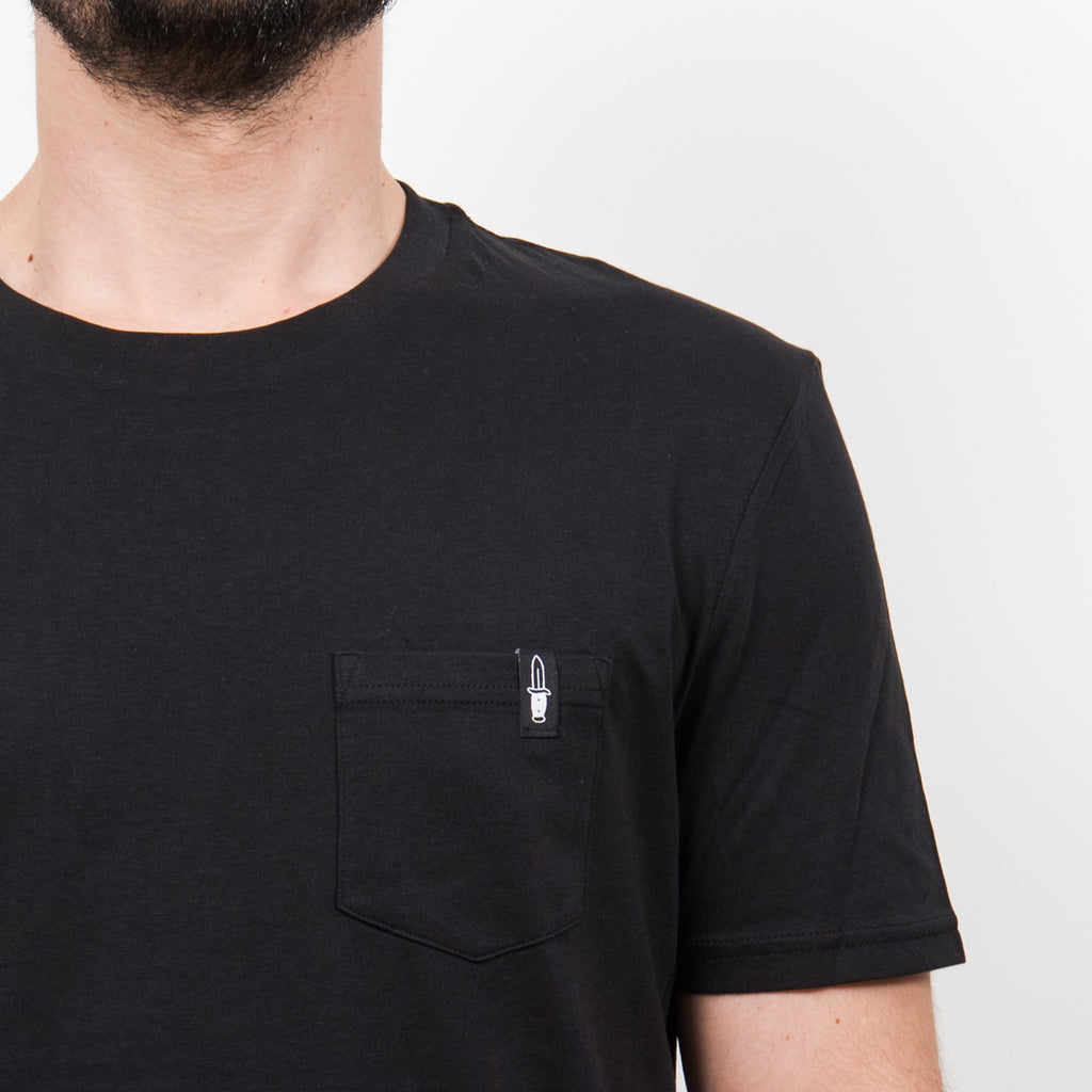 Knife Pocket Tee Black