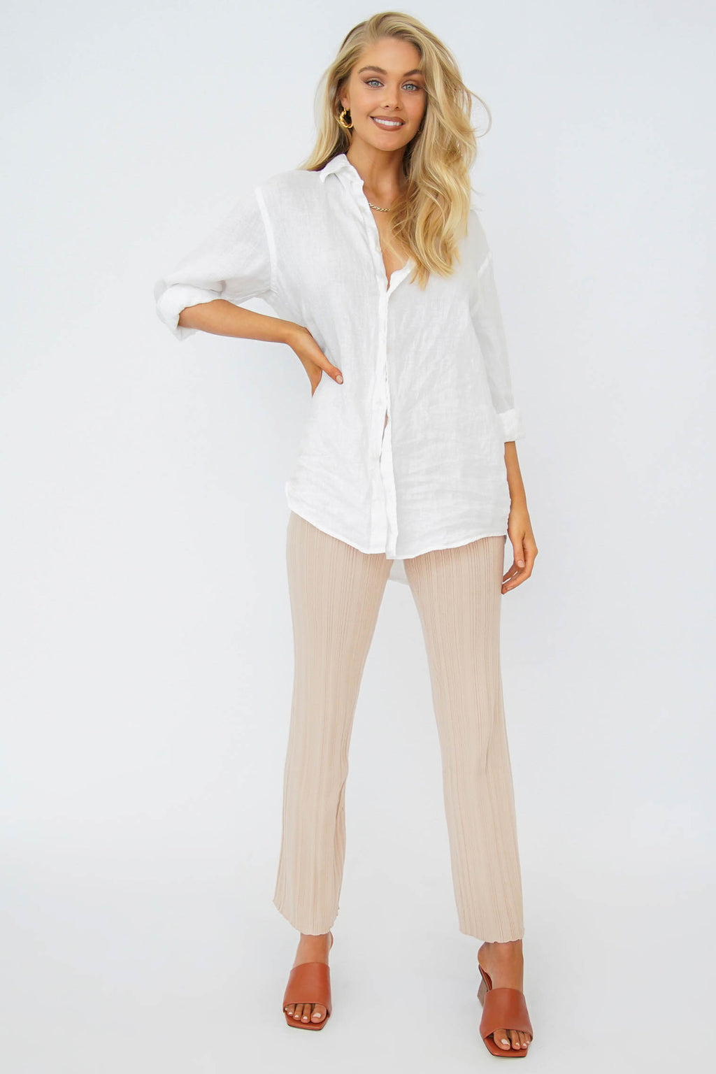 VRG GRL Beyond The Horizon Button Front Shirt // Natural