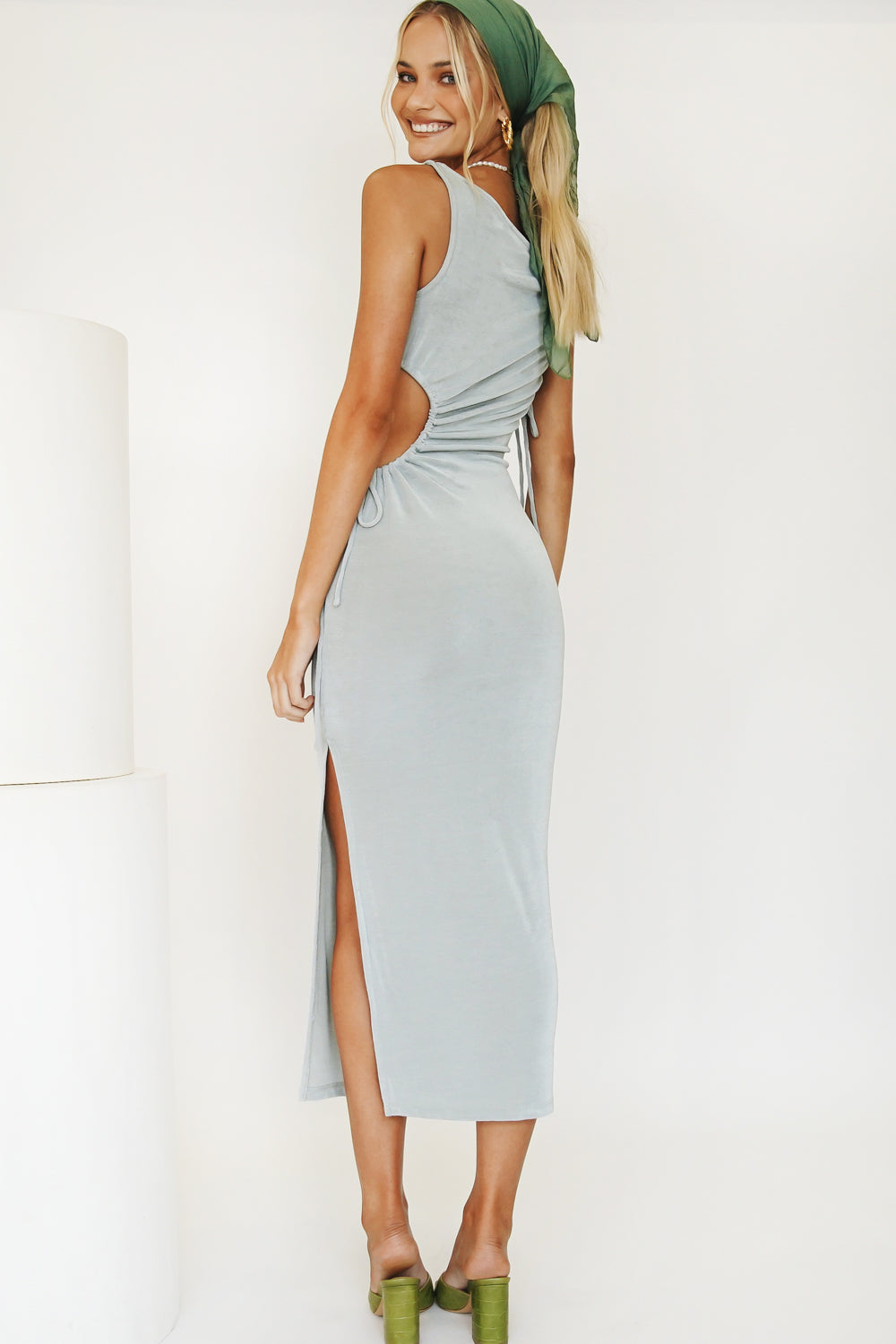 Moment In Time Cut Out Midi Dress // Lake