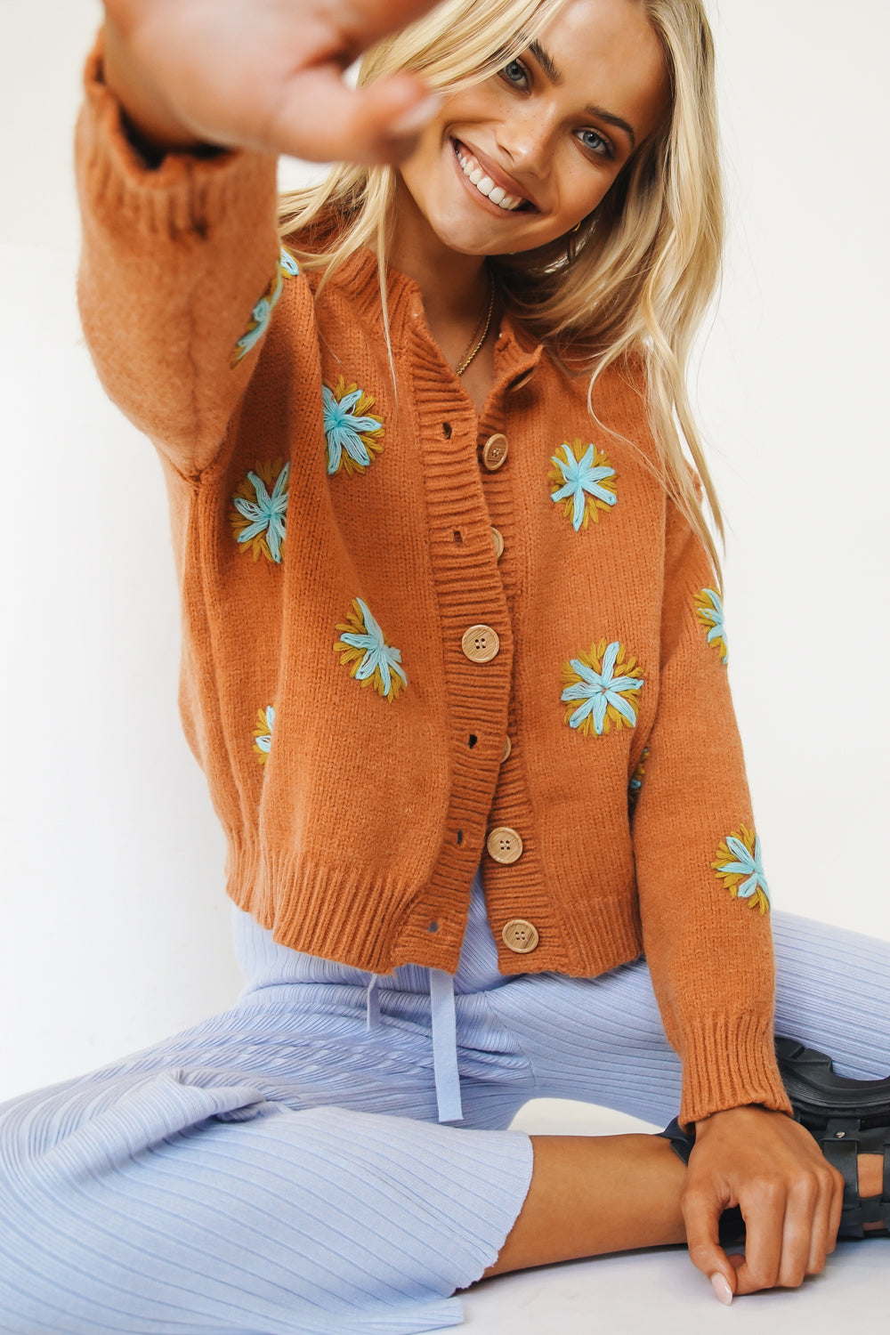 Camera Style Knit Cardigan // Rust