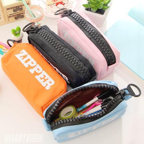 Trousse Design Zipper Solide Quatre Couleurs Divers Fourniture