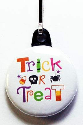 Halloween Trick or Treat Zipper Pull - Kelly's Handmade