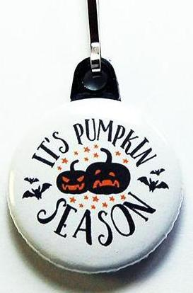 It's Pumpkin Time Halloween Zipper Pull - Kelly's Handmade