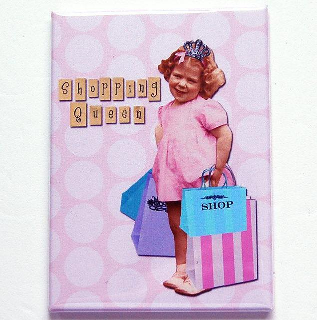 Shopping Queen Magnet - Kelly's Handmade