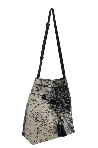 Bianca Structured Leather Bucket Bag in Salt and Pepper