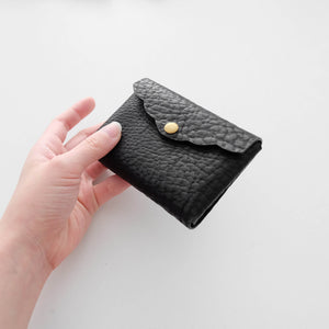 Scalloped Cardholder Structured